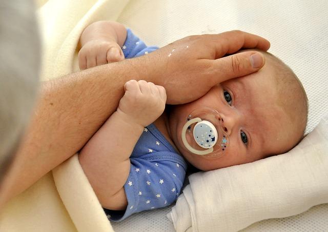 miminko v dlani