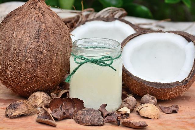 kokosový ořech a olej